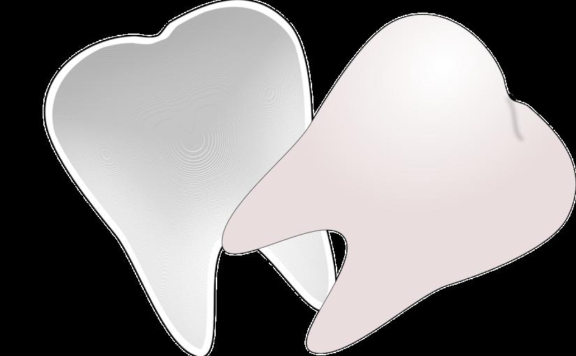 Prześliczne zdrowe zęby oraz olśniewający prześliczny uśmiech to powód do płenego uśmiechu.